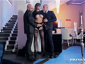 puffy funbag Anna Polina Gets Some harsh double penetration