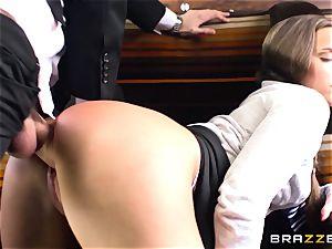 schoolgirl Amirah Adara plumbs a huge cocked stranger