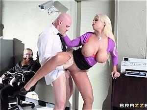 Bank robbing honey Bridgette B screws in front of the boss