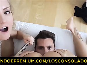 LOS CONSOLADORES - super-cute stunner naked massage and 3 way