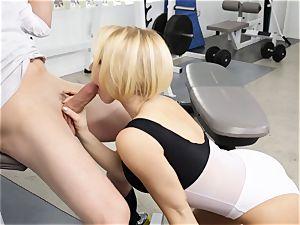 Kagney Linn Karter sumptuous gym penetrating