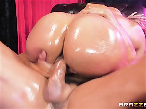Oiley Mercedes Carrera boinked gigantic time by immense penis