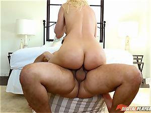 Anikka Albrite wants to be porked deep in the arse by Keiran Lee