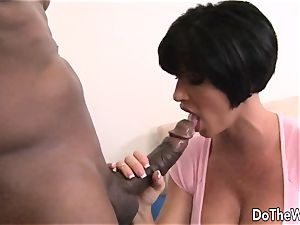 brunette wife takes hefty black pipe
