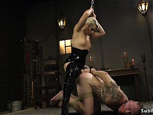 Rubber mistress with wire on tears up boy