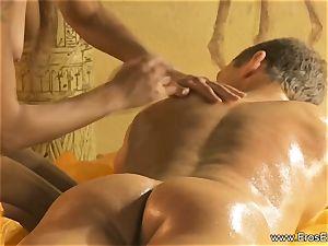 A loosening Kind Of bone and figure massage
