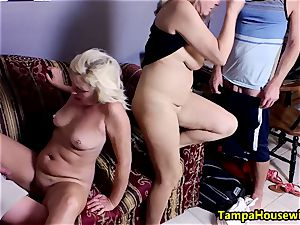 2 femmes begin, two studs accomplish with Ms Paris Rose