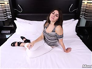Middle Eastern inexperienced cougar screw pov