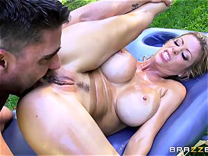 Alexis Fawx getting an outdoor shag and rubdown