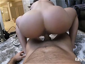 Rahyndee James torrid booty In Your Face HD