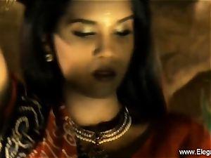 Bolly babe Desi Indian milf