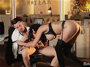 super-fucking-hot office ultra-cutie Peta Jensen has bang-out with her workers after work