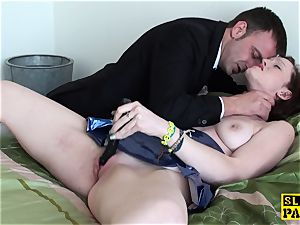 servant gasped hoe playing her pleasure button