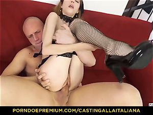 casting ALLA ITALIANA - lean stunner takes stiffy like professional