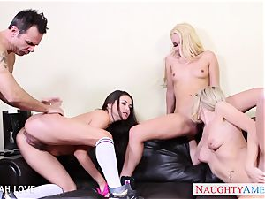 handsome Aaliyah love porking in four way