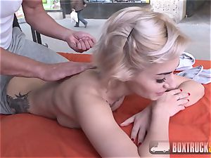impressive Olivia Jager gets a ass massage