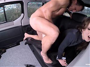 boinked IN TRAFFIC - splendid Czech babe pokes in the car