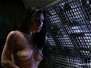 Cassandra Cruz - fervor in Space - 2