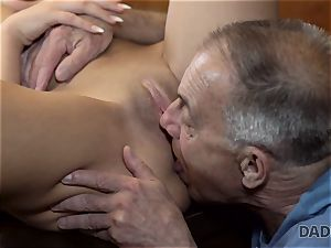 DADDY4K. Angry dude catches old dad plowing his good-looking woman
