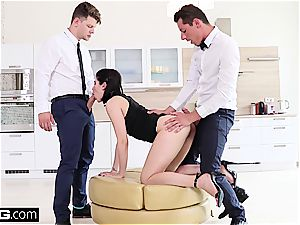 nymph Dee plays with 2 stiffys and a faux-cock