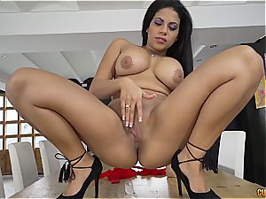Kesha Ortega is greedy for prick