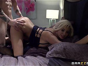 busty ash-blonde Summer Brielle pummels her student