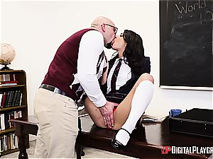 crazy college girl deserves to be disciplined for her misbehavior