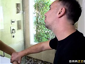 August Ames deep throating on a yam-sized hard-on