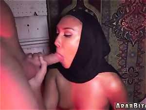 Self bj and mummy office Afgan whorehouses exist!