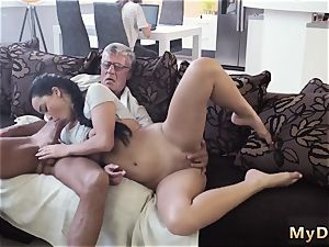 fledgling nubile gargle guzzle gonzo What would you choose - computer or your girlpal?