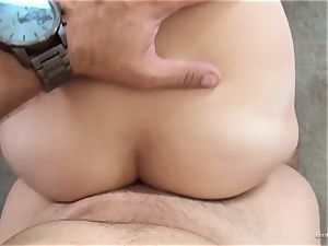 wondrous new-cummer Ashley Adams works her audition flawlessly