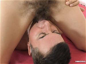 Anna De Ville gobbles donk and gets her fuckbox plumbed